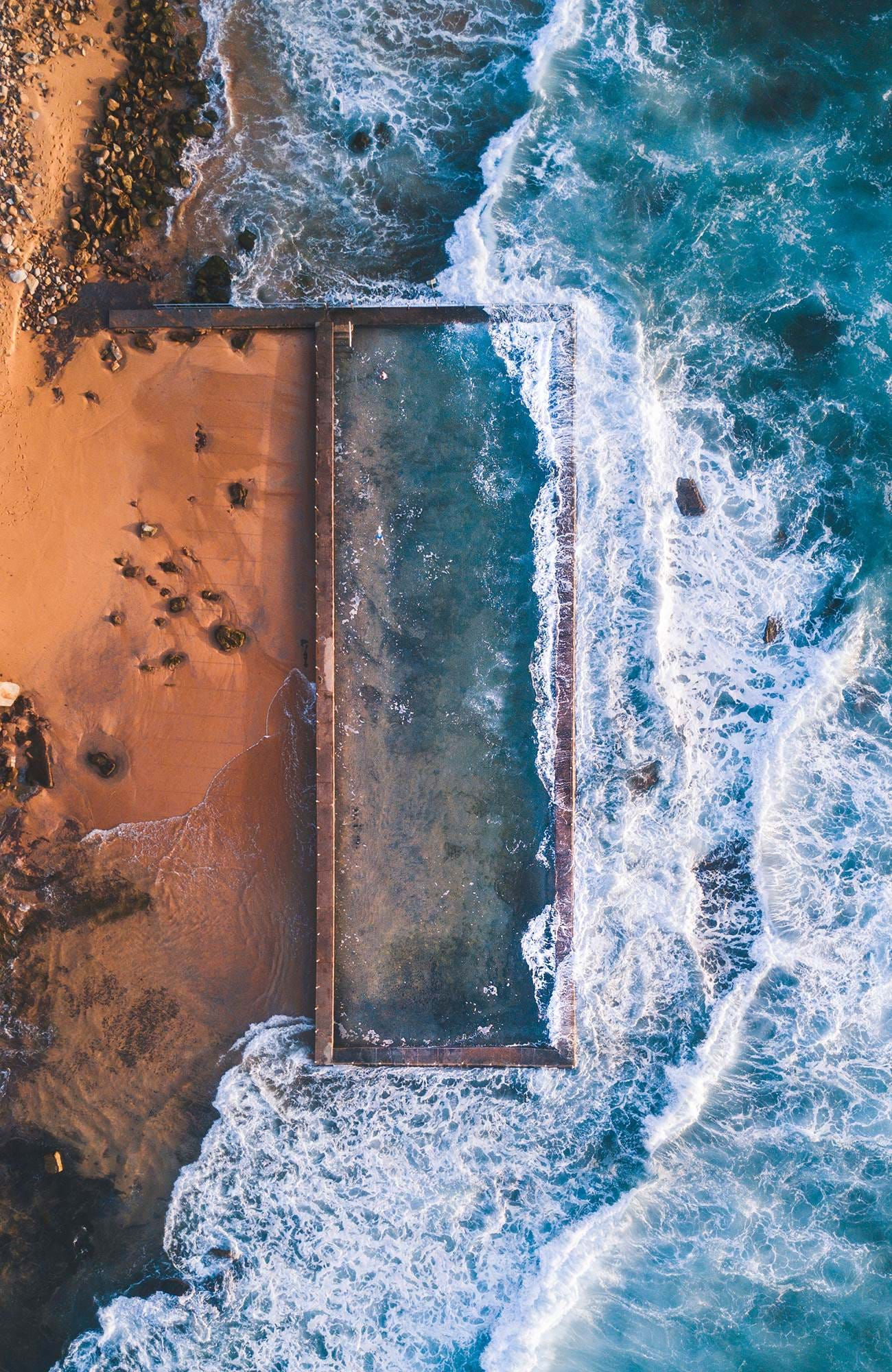 sydney-newport-outdoor-pool-seen-from-above-sidebar
