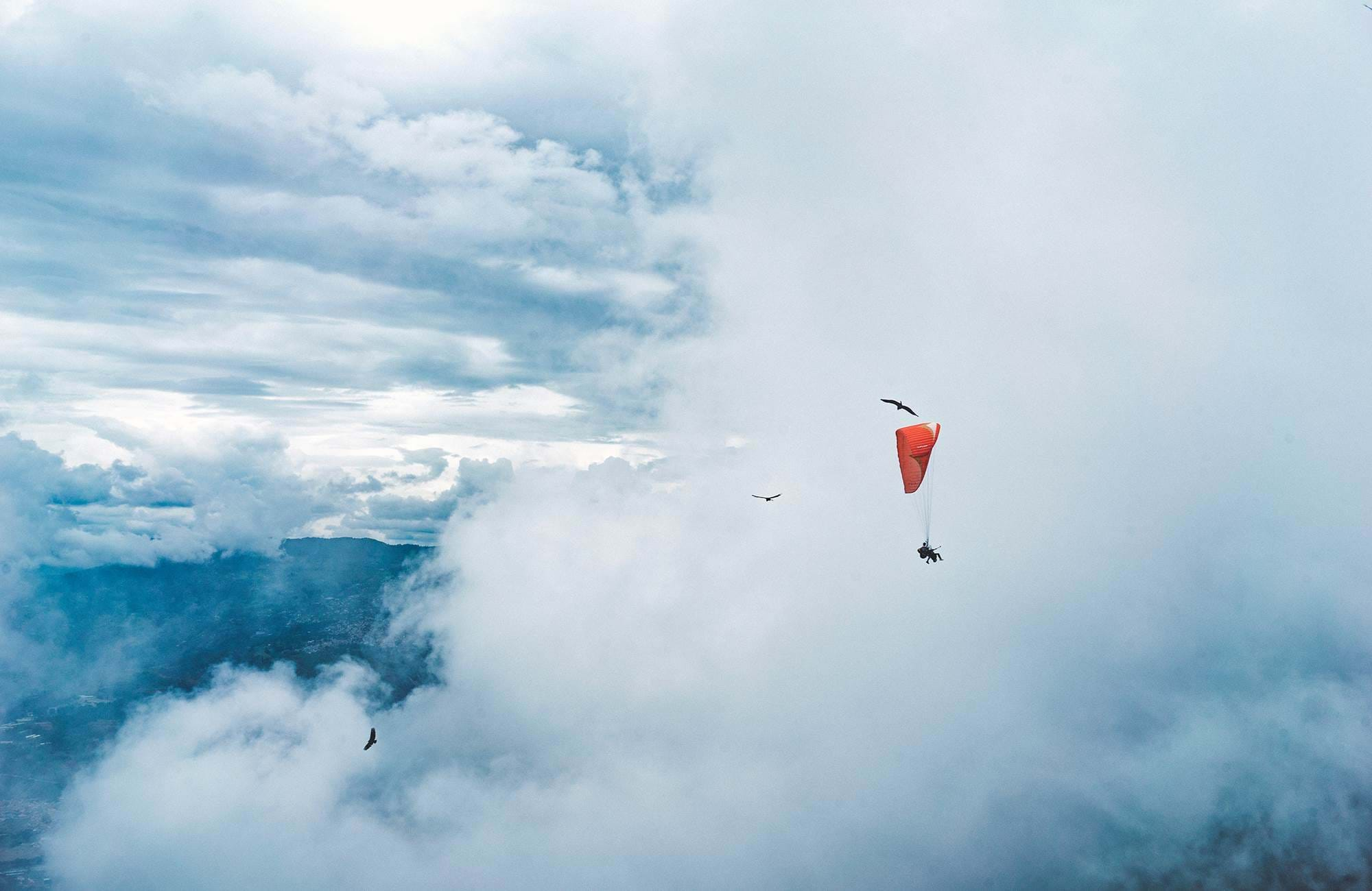 medellin-colombia-paragliding-cover