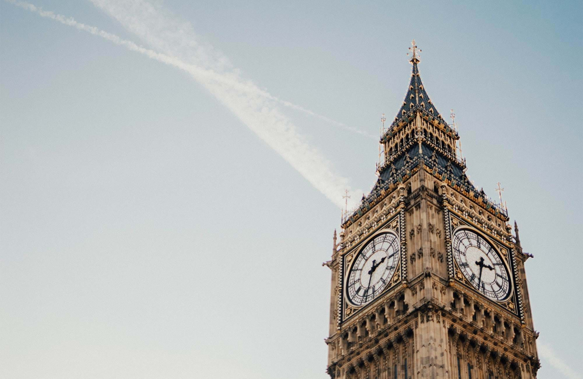 studer i london och ha big ben som granne