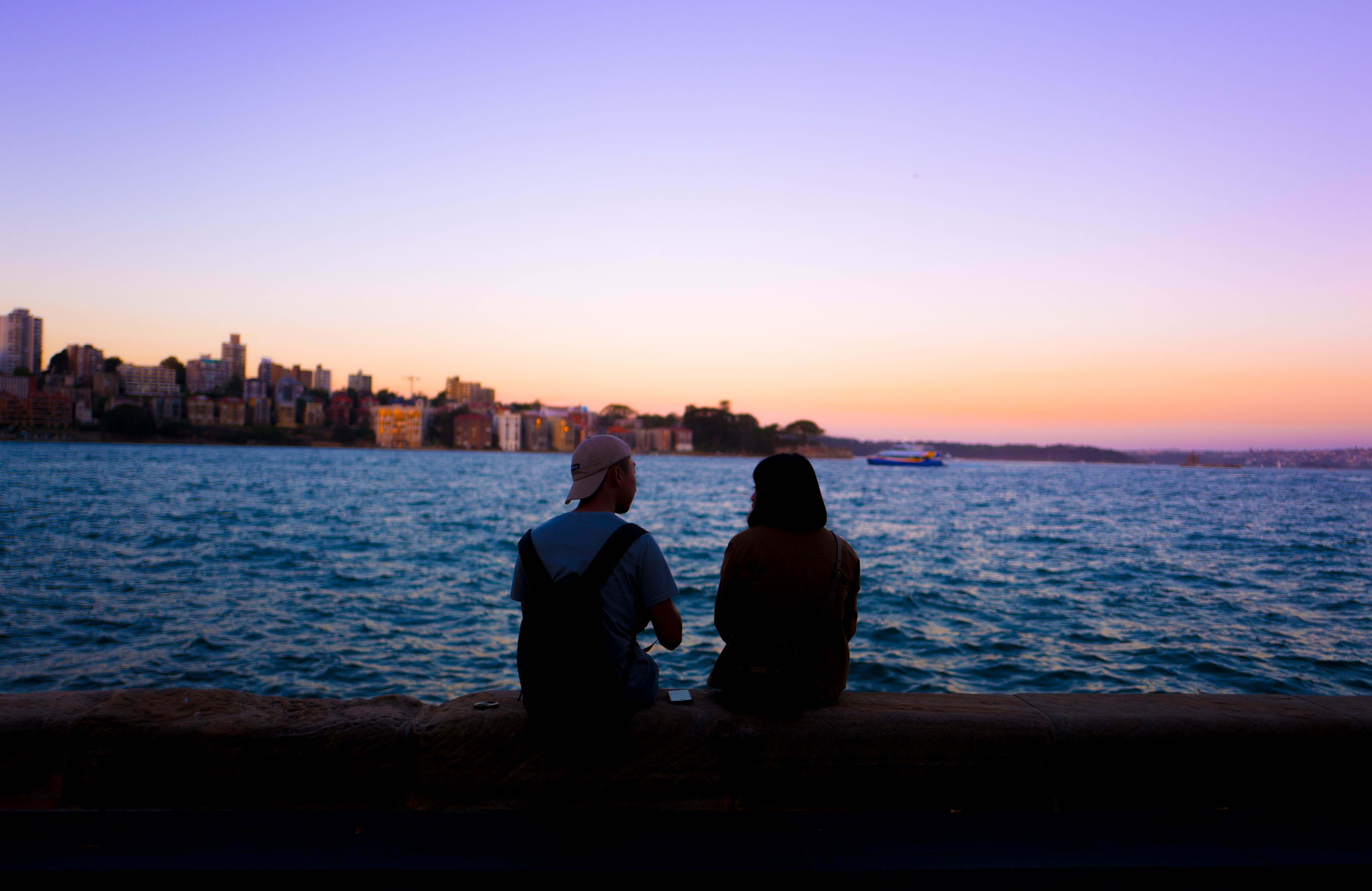 sydney-people-sunset-water-cover
