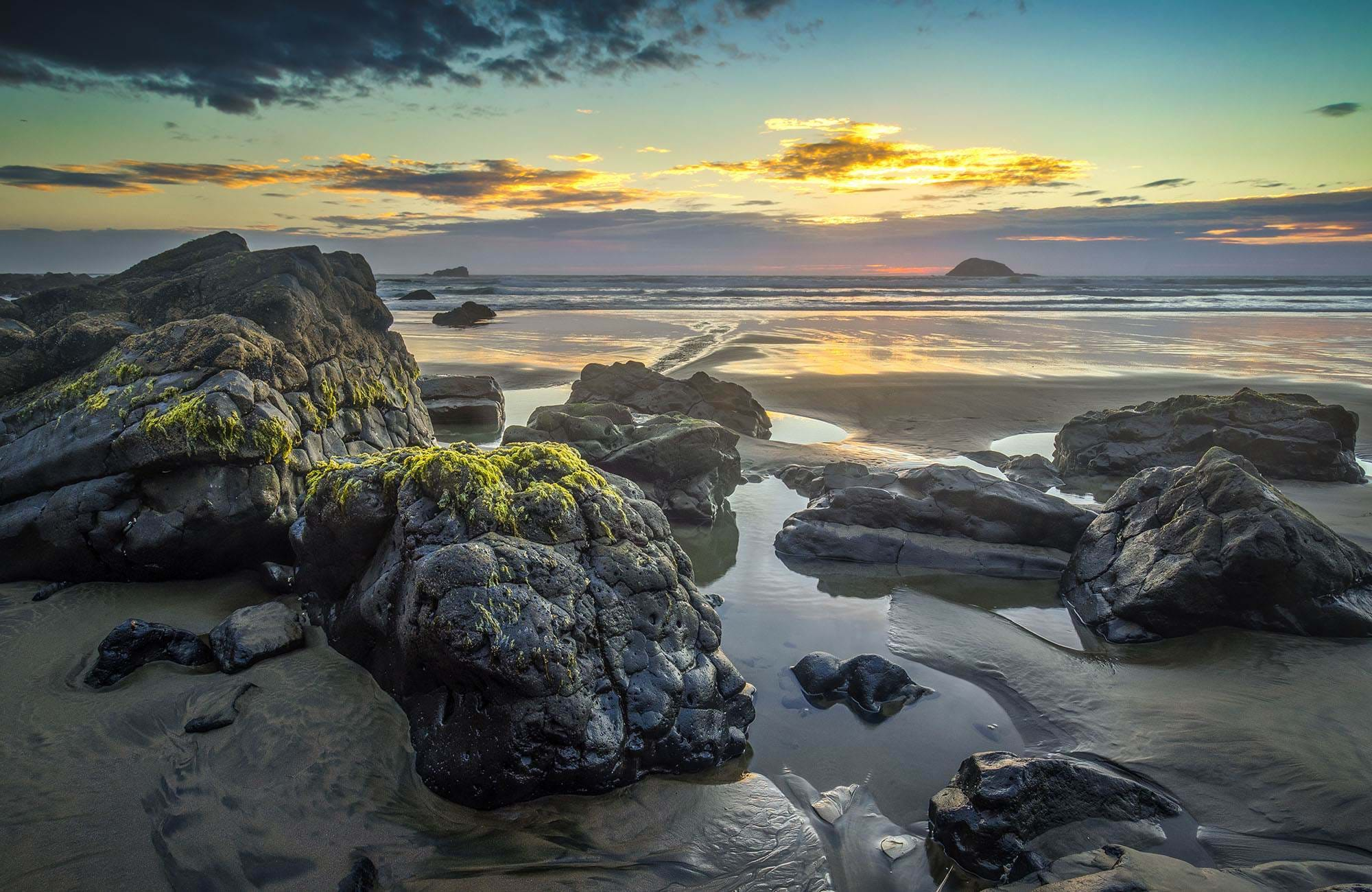 new-zealand-maori-bay-cover