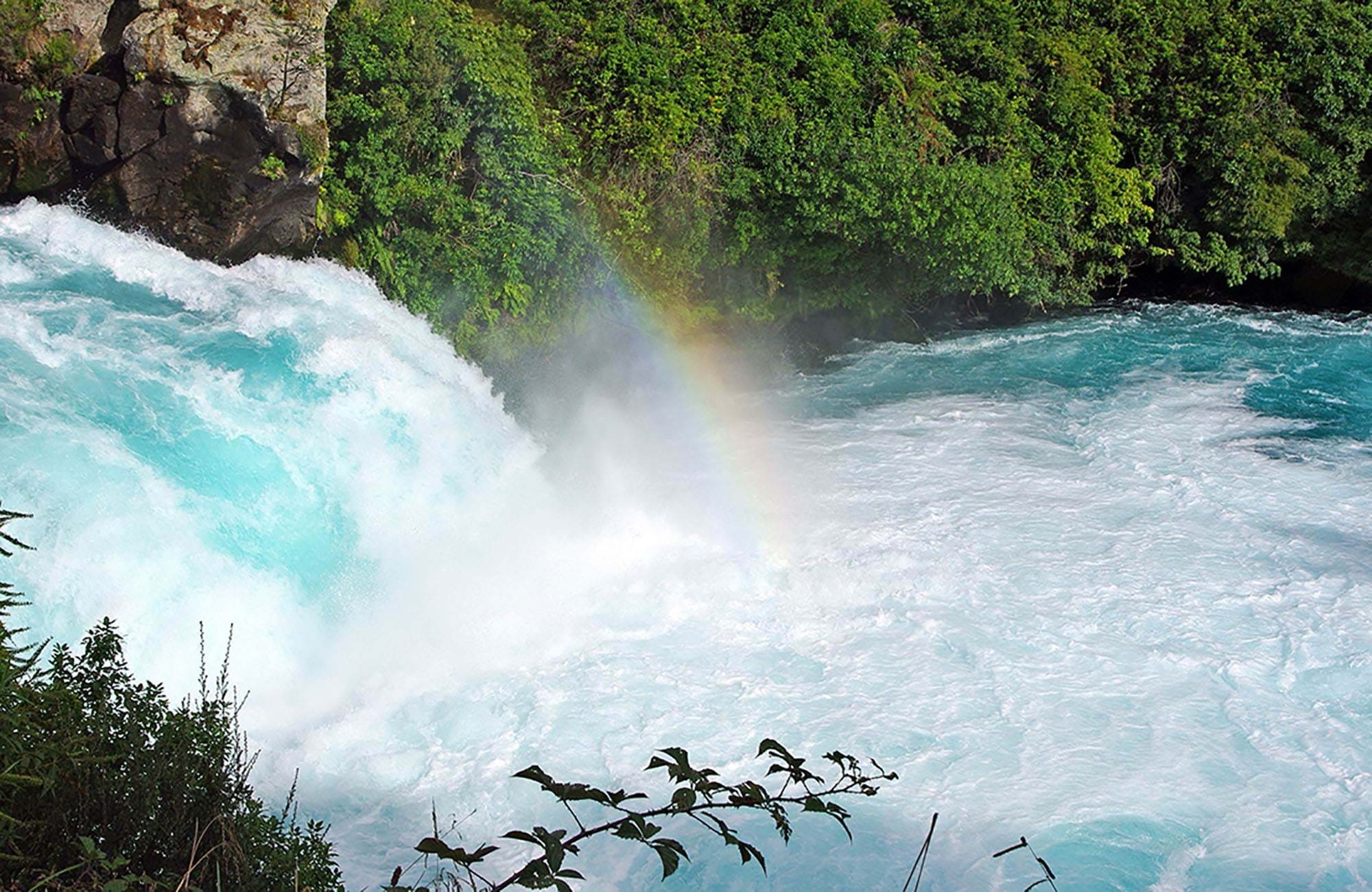 new-zealand-huka-falls-taupo-cover
