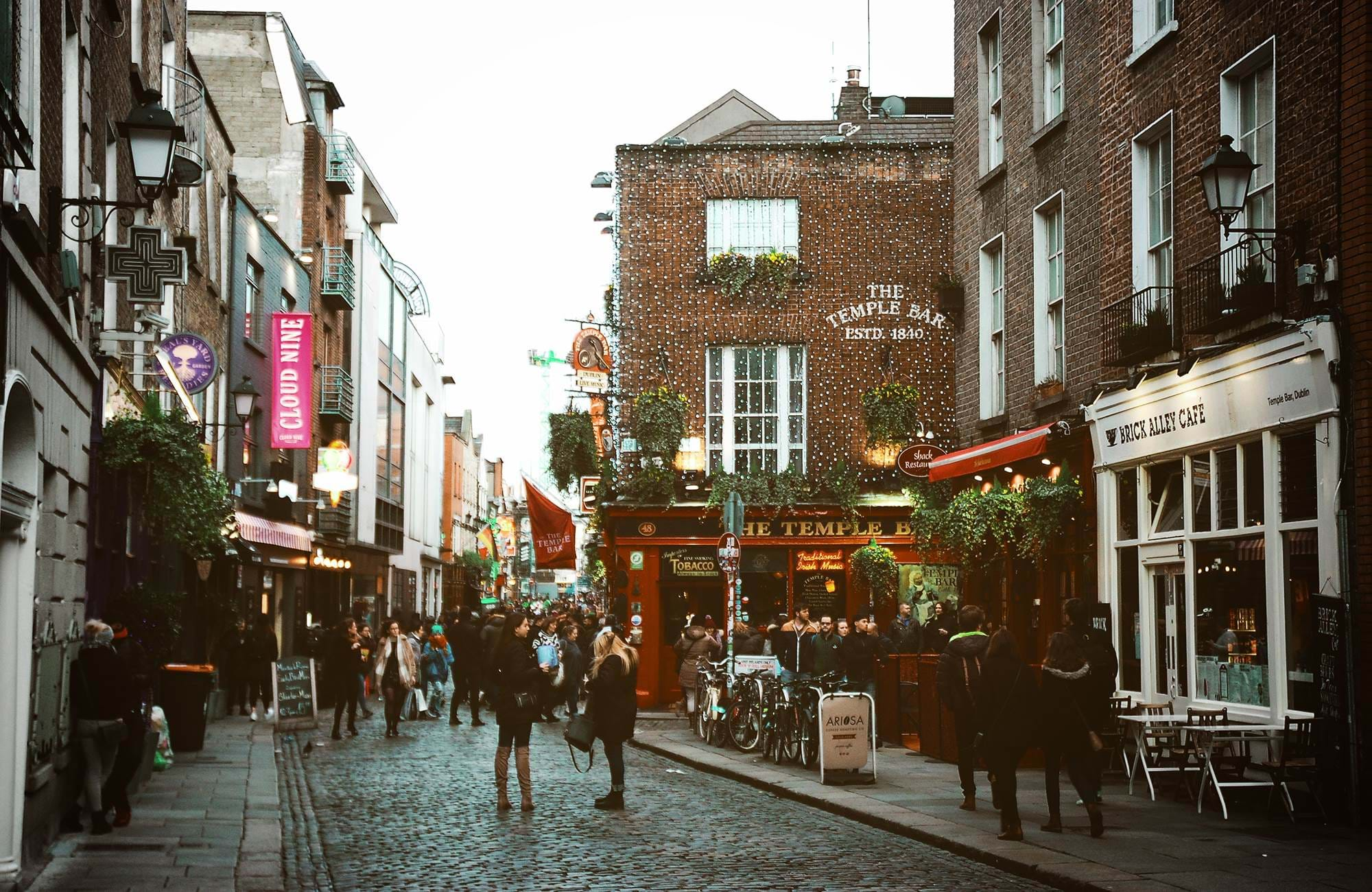 street-in-dublin-ireland