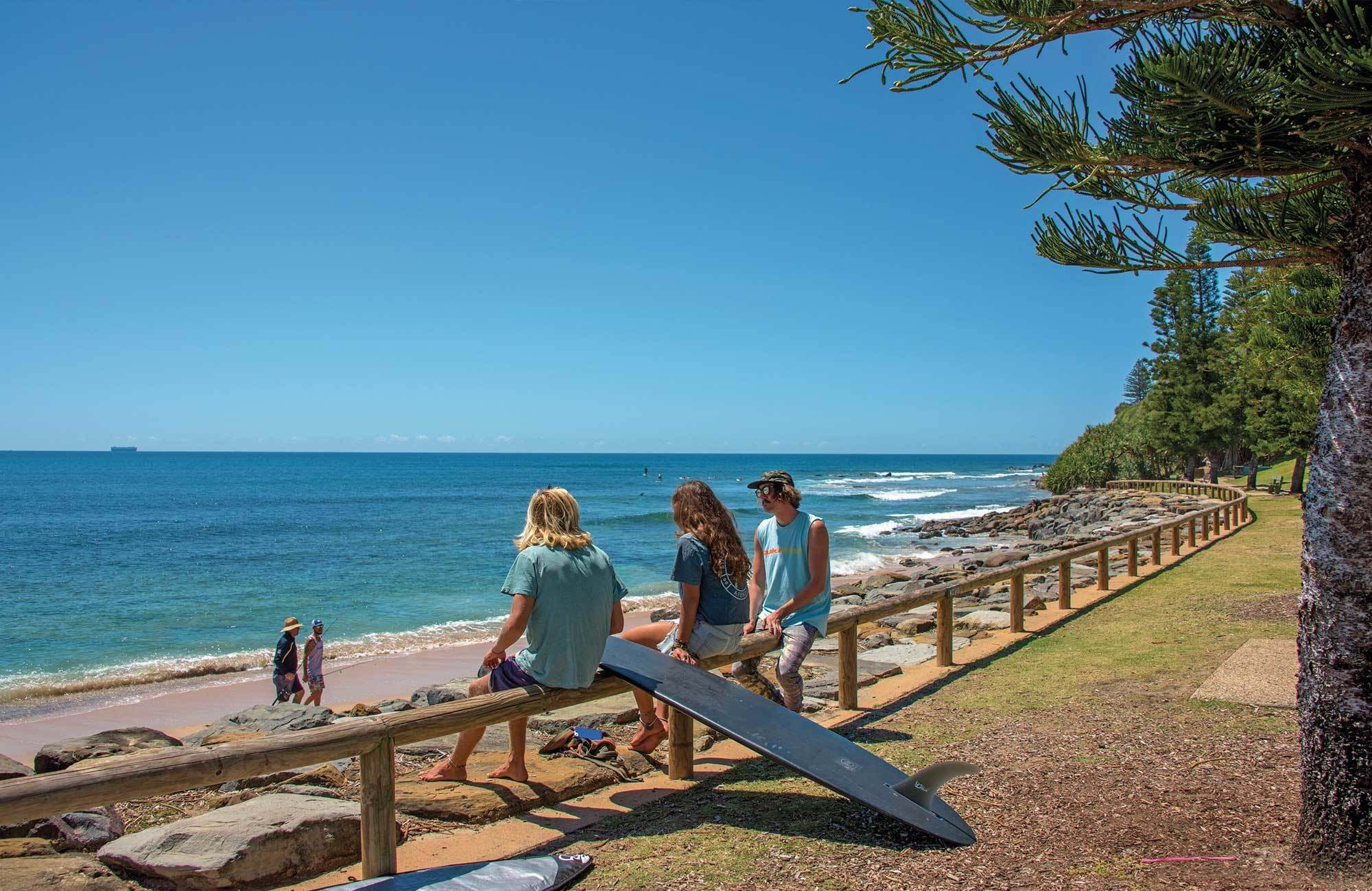 tafe-queensland-students-surfing-cover