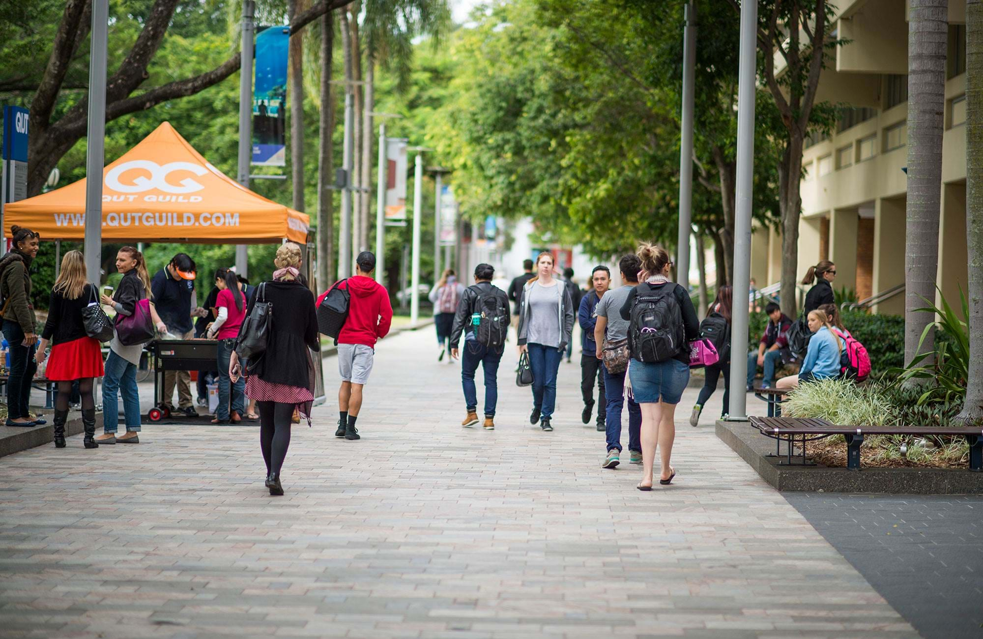 Students On Campus Uts Australia