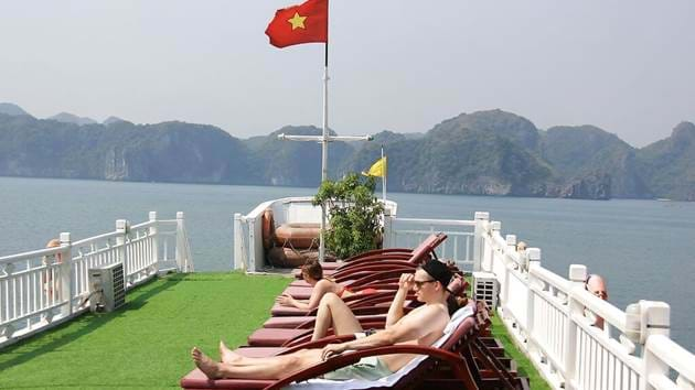 lan-ha-bay-and-cat-ba-island-cruise-2-days-7
