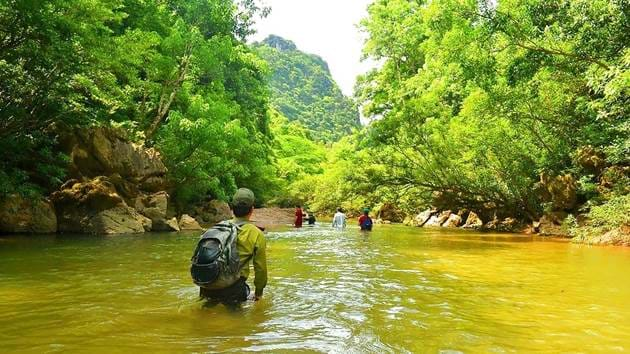 phong-nha-caving-adventure-5-days-9