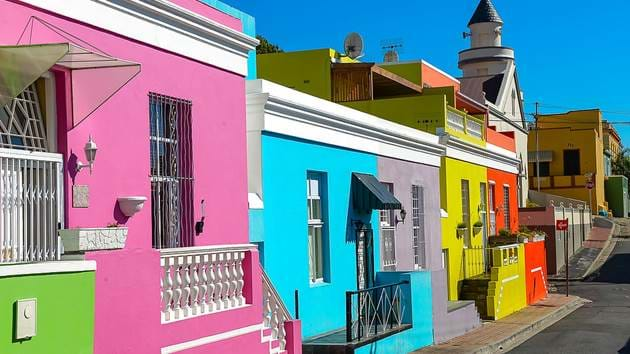cape-town-south-africa-colorful-houses